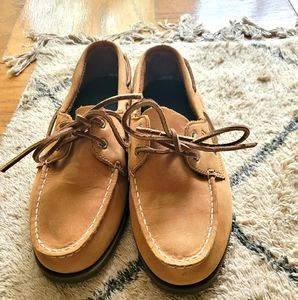 NWOT Sperry loafers